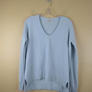 Cortland Park Women's Blue Long Sleeve Pullover